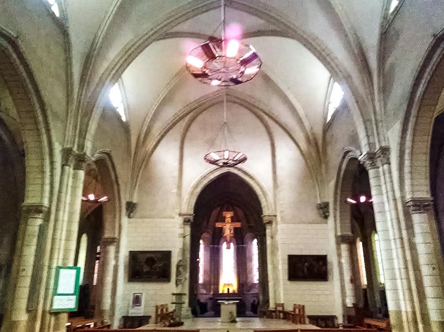 Chauffage rayonnant église St-Thomas - La Flèche. Photo CGV