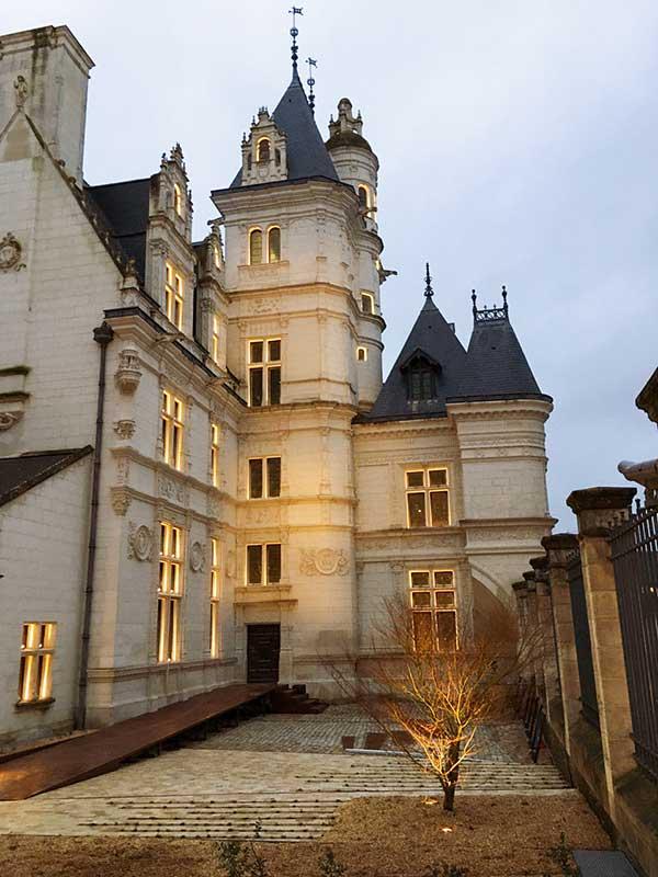 Eclairage de la façade du musée Pincé à Angers